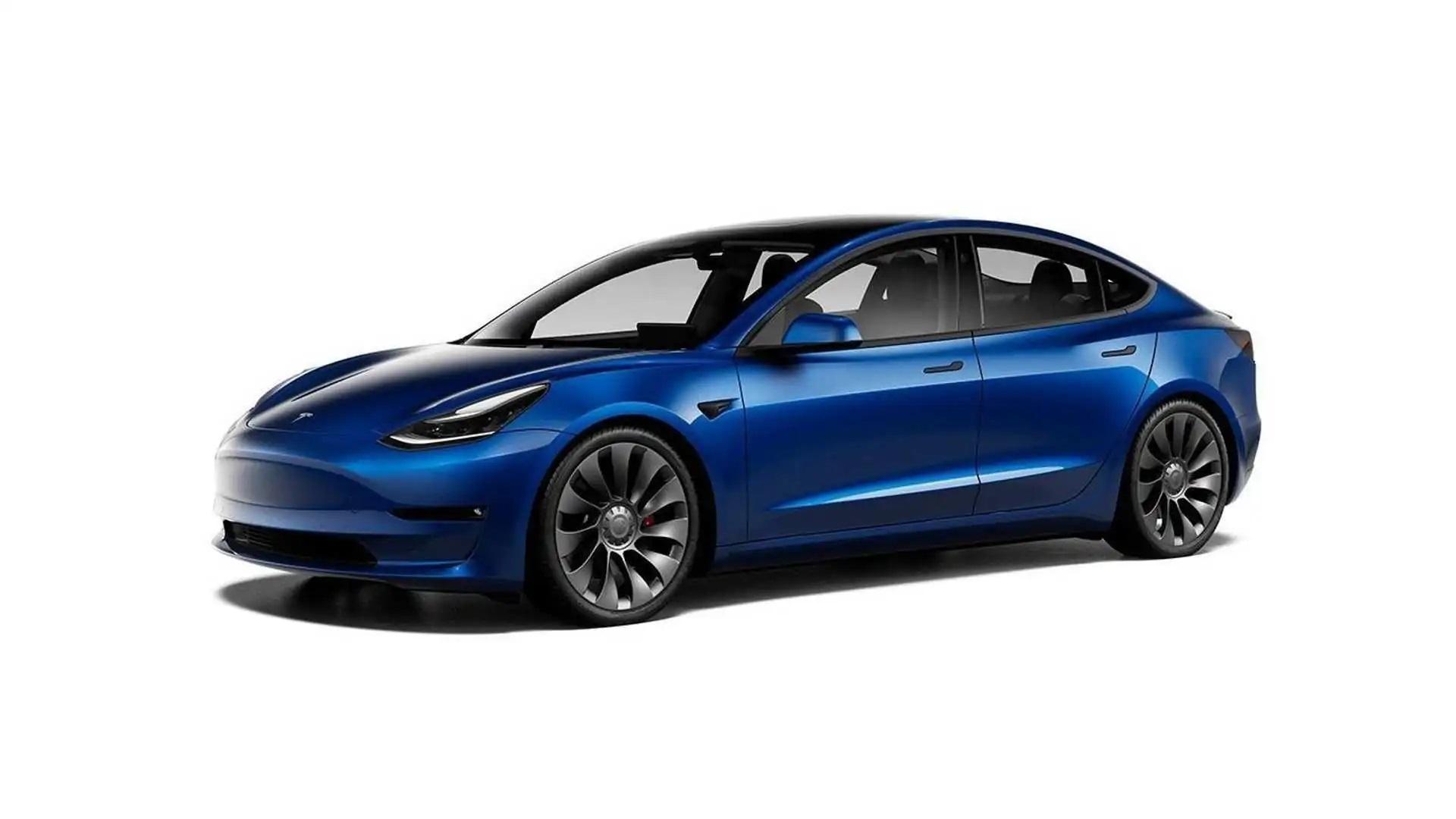 إيلون ماسك يكشف عن وصول ميزة القيادة الذاتية الكاملة لأصحاب سيارات Tesla